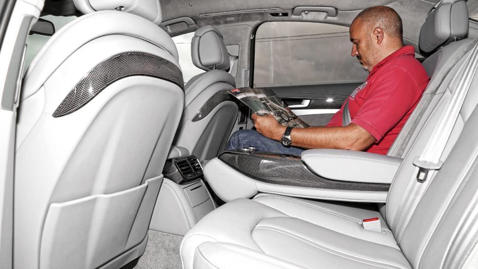 Audi-S8-plazas-traseras