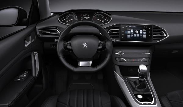 Peugeot 308 2014 interior