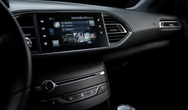 Peugeot 308 2014 pantalla