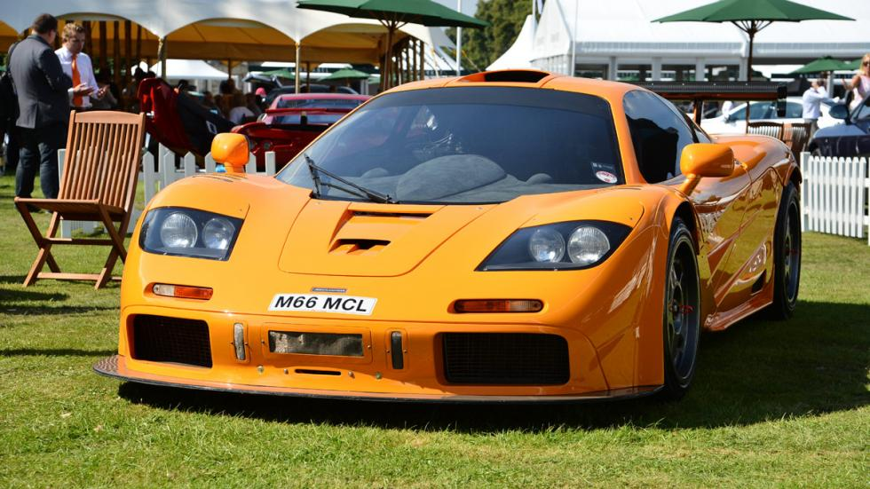 Cinco coches deportivos prácticos McLaren F1