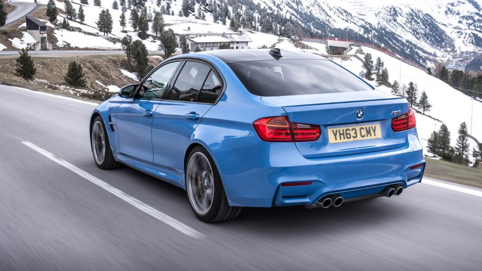 Cinco coches deportivos prácticos BMW M3 trasera