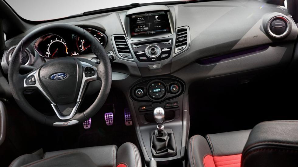 Deportivos sólo cambio manual Ford Fiesta ST interior