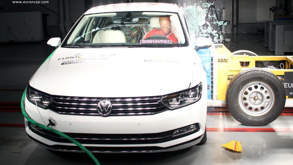 VW Passat 'crash test' Euro NCAP