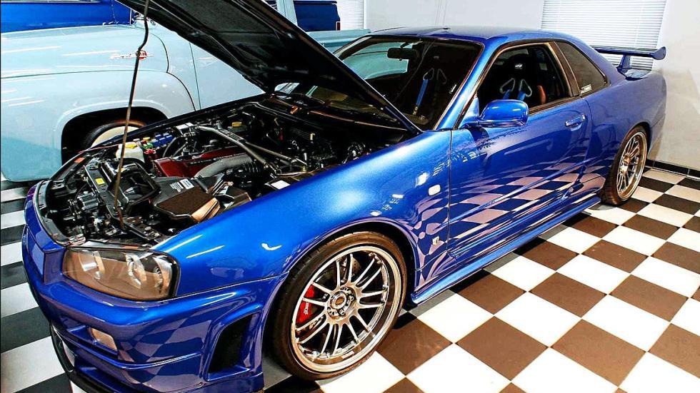 Nissan GT-R Skyline morro y motor