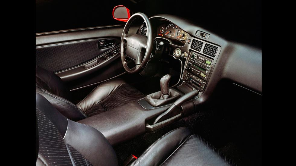 Toyota MR 2 - interior