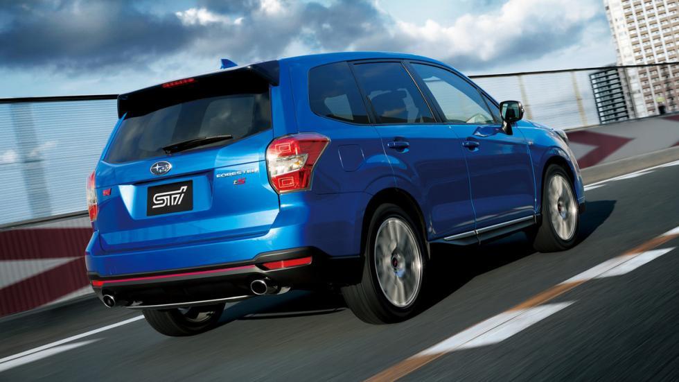 mejores vehículos viajar invierno Subaru Forester zaga