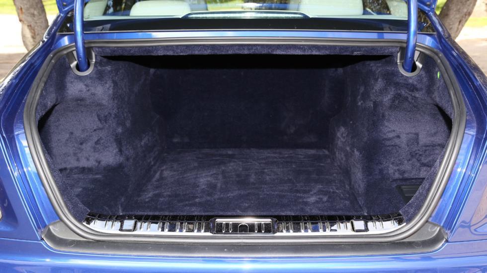 Rolls-Royce Ghost Series II maletero