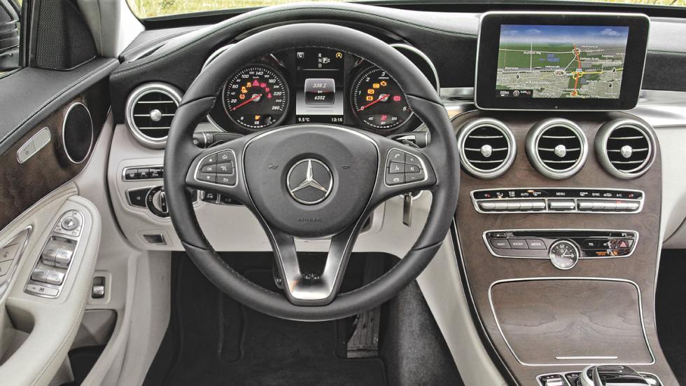 Asistentes de atasco Mercedes