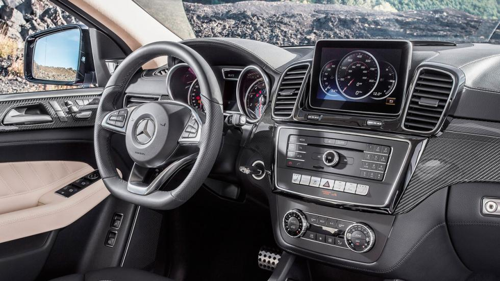 Mercedes GLE 450 AMG Coupé interior