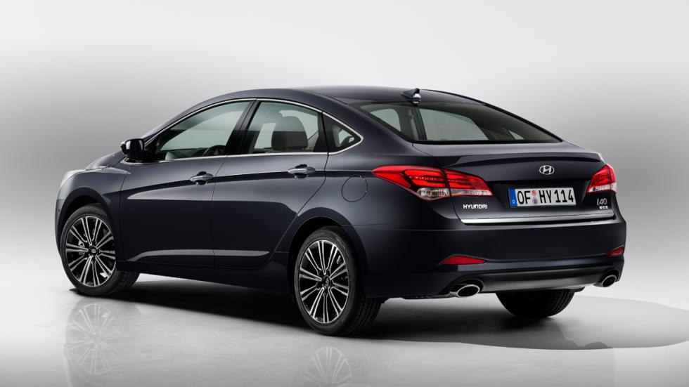 Hyundai i40 2015 - carrocería berlina - trasera