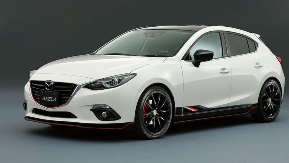 Mazda Axela tres cuartos delanteros