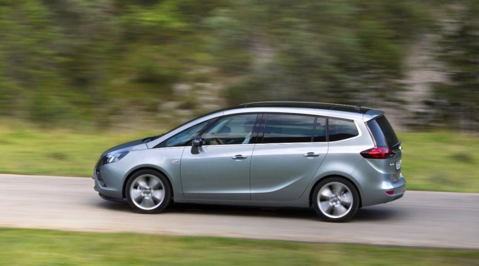 Opel Zafira Tourer lateral