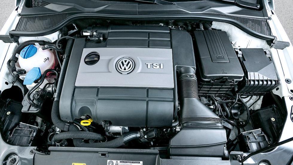 Volkswagen Scirocco R motor