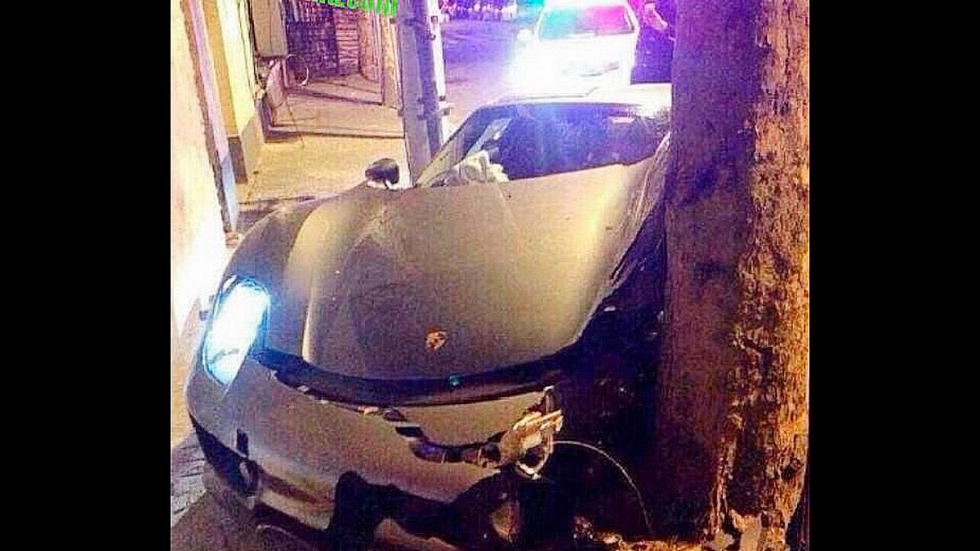 Accidente Porsche 918 Spyder árbol