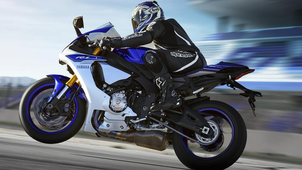 Yamaha R1 2015 5