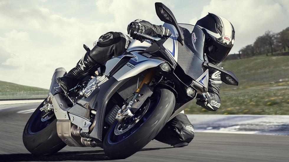 Yamaha R1 2015 12