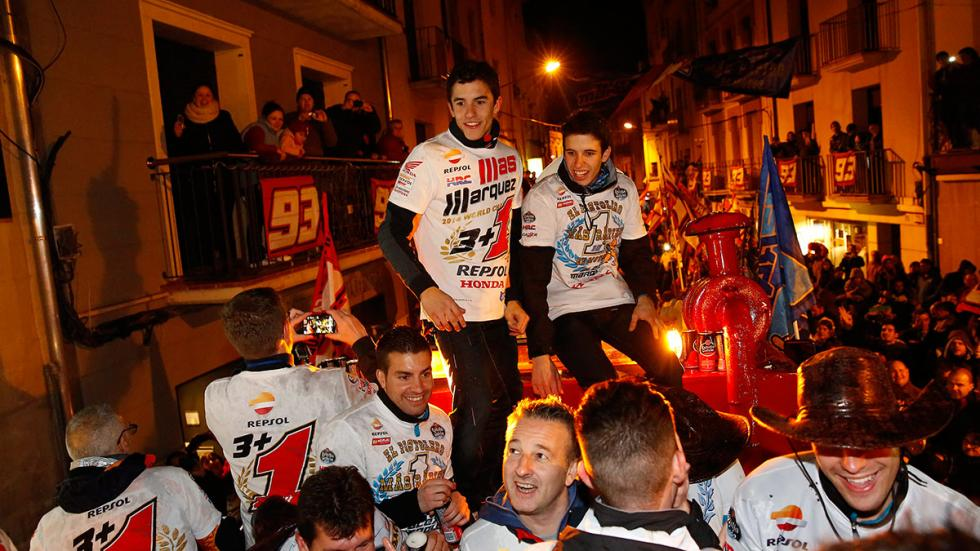 celebración Marc y Alex Márquez 7