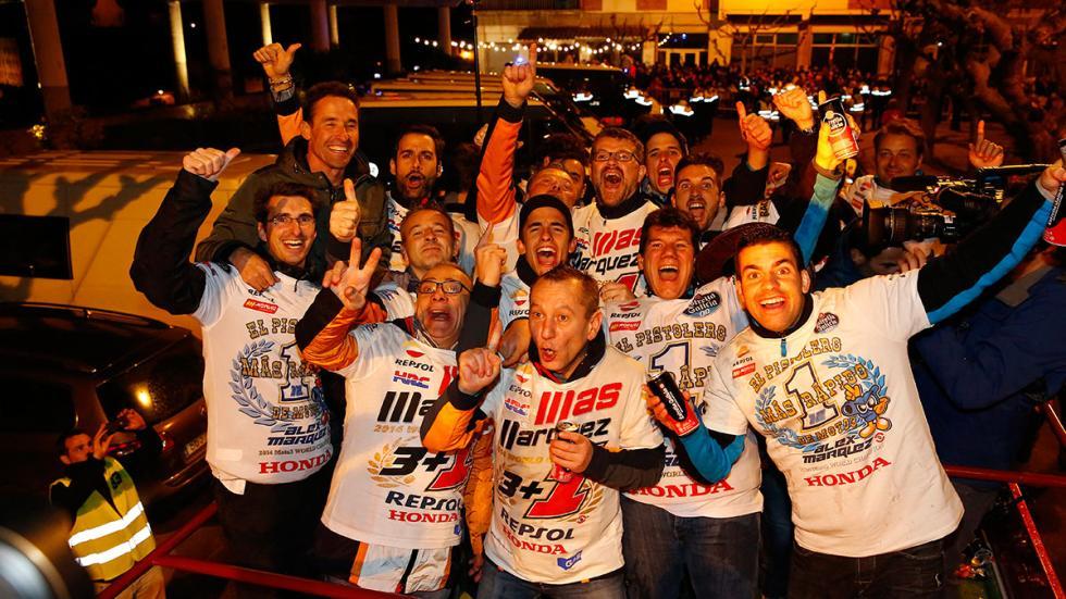 celebración Marc y Alex Márquez 9
