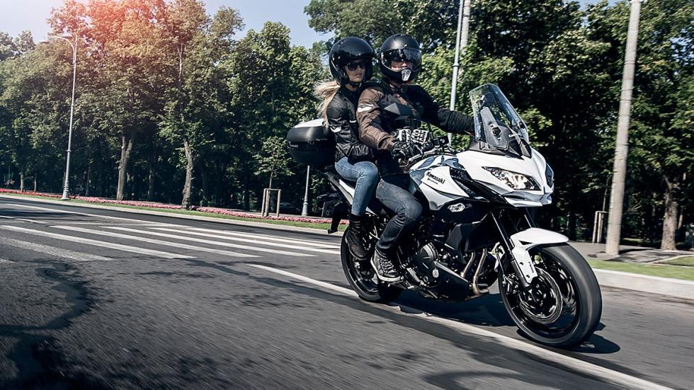 Kawasaki Versys 650 2015 en acción
