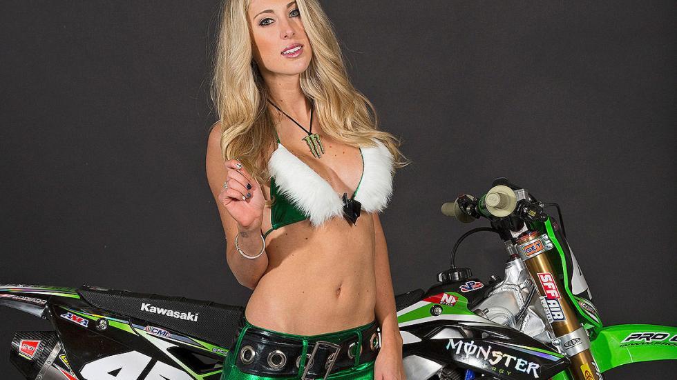 Chicas Monster Navidad 8