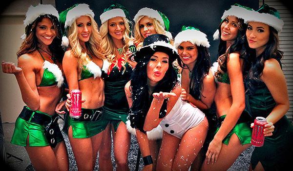 Chicas Monster Navidad 18
