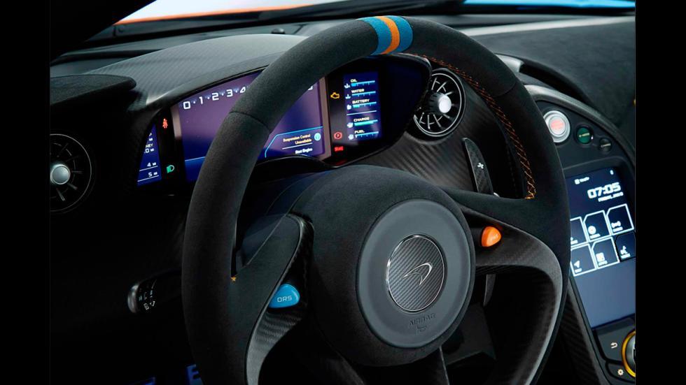 McLaren P1 Miles Nadal - volante