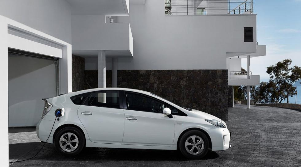 Toyota Prius lateral