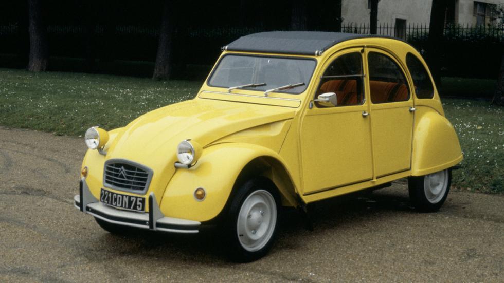 coches menos potentes historia Citroën 2CV