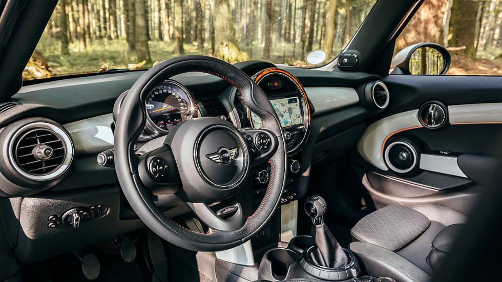 Mini 5 puertas volante
