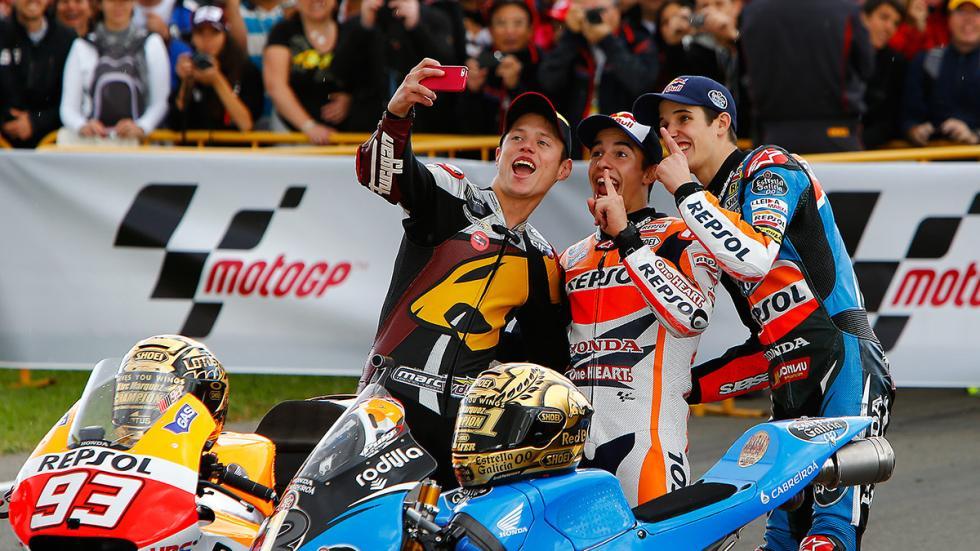 selfie campeones MotoGP 2014