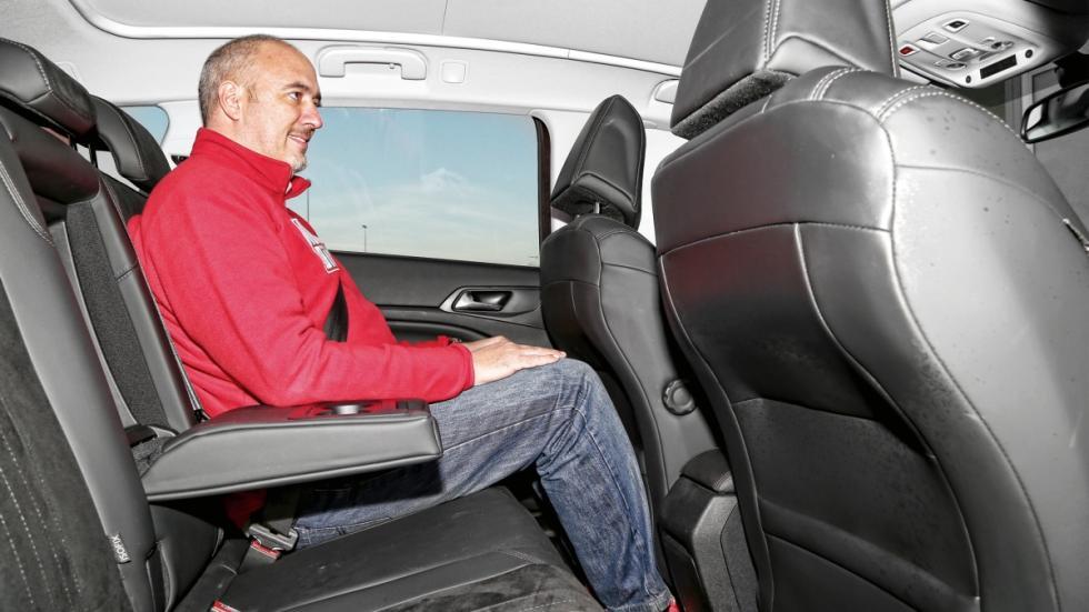 Peugeot 308 asientos traseros