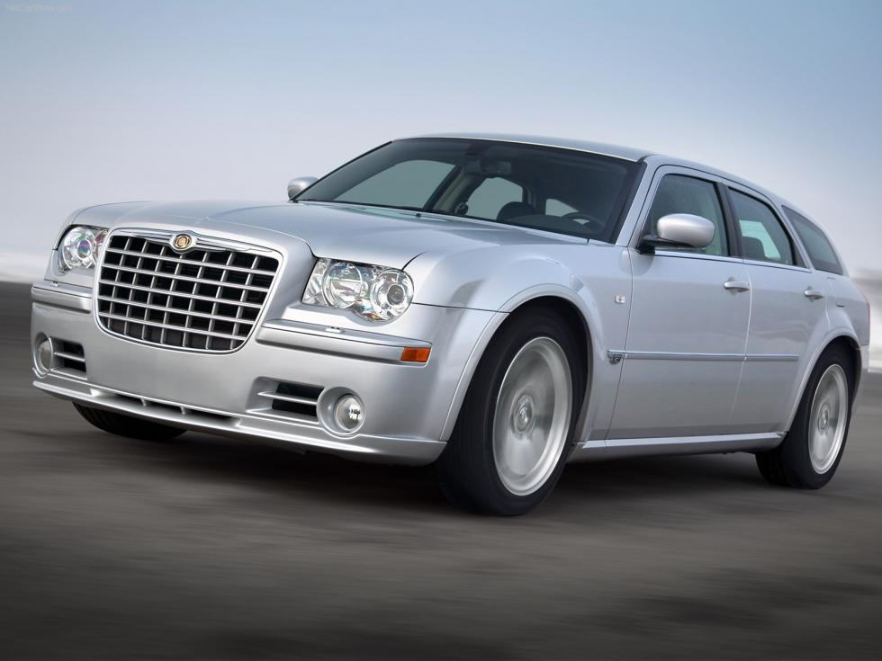 Chrysler 300 C Touring SRT8 - Frontal