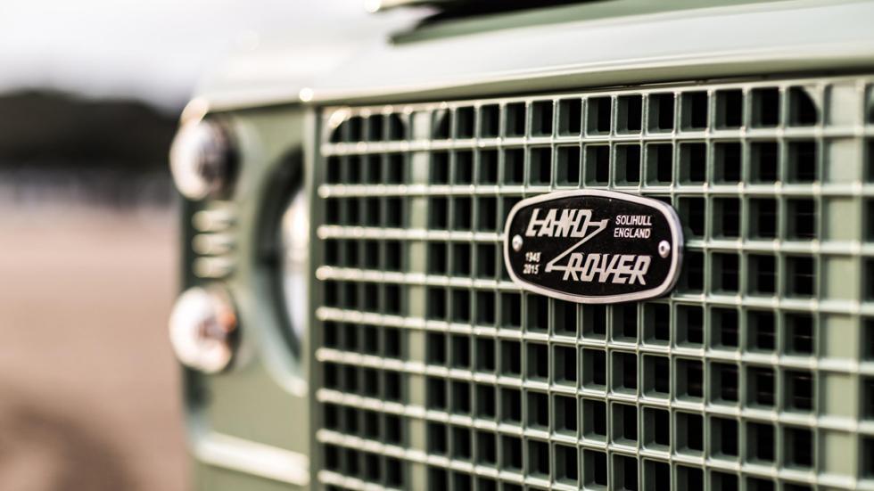 Land Rover Defender Heritage parrilla