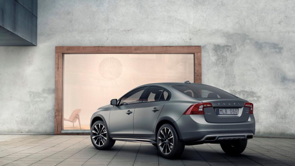 Volvo_S60_Cross_Country_2015- Puerta de garaje