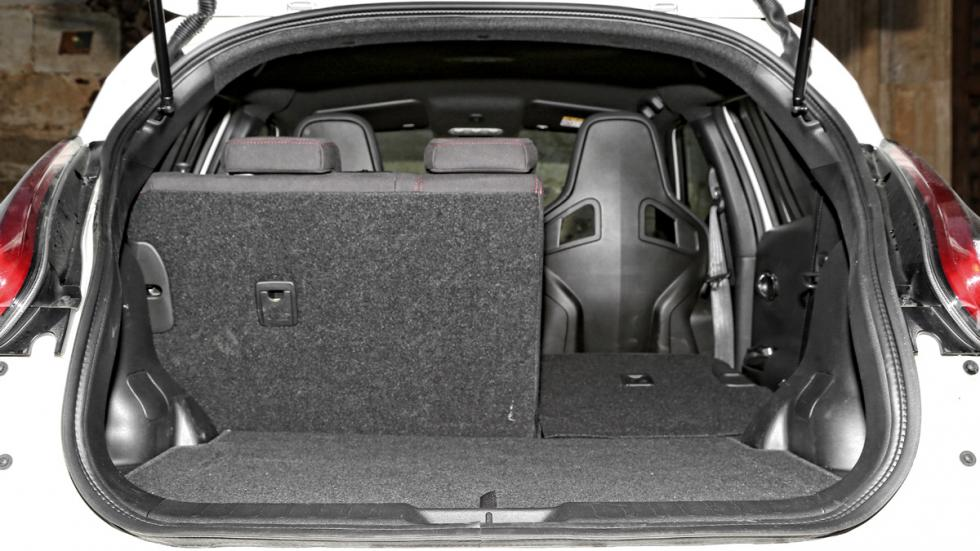 Nissan-Juke-Nismo-RS-maletero