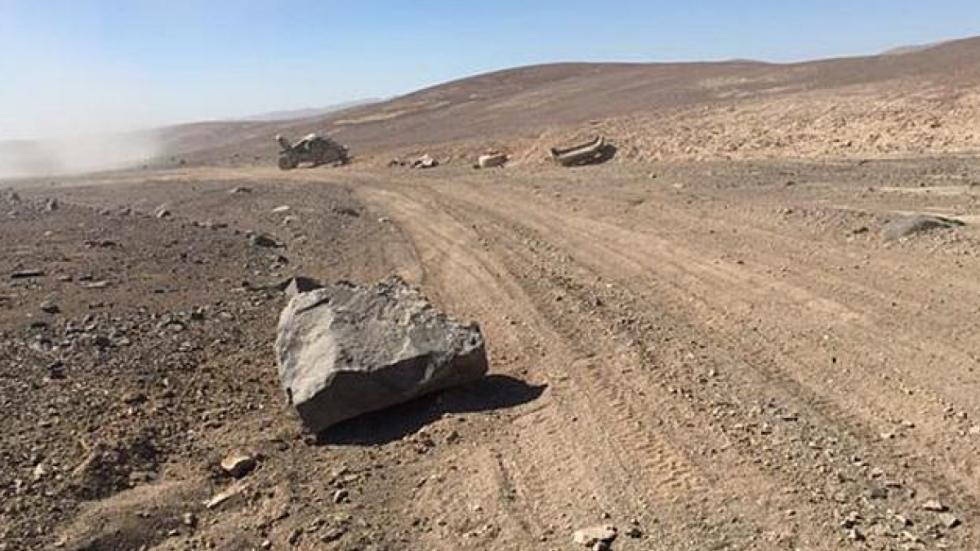 Accidente-Peugeot-2008-DKR-Sainz-Dakar-2015-piedra