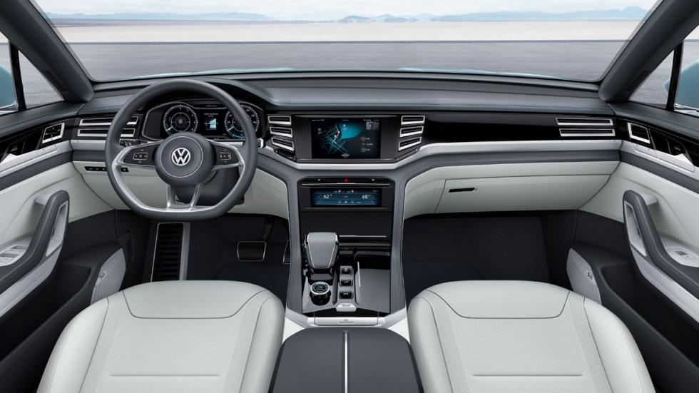 volkswagen cross coupé GTE interior
