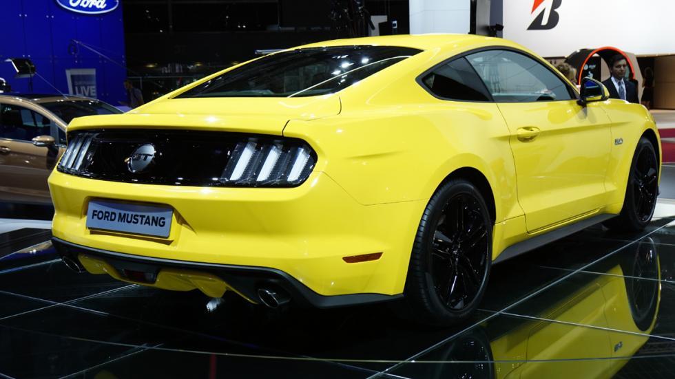 coches más esperados 2015 Ford Mustang zaga