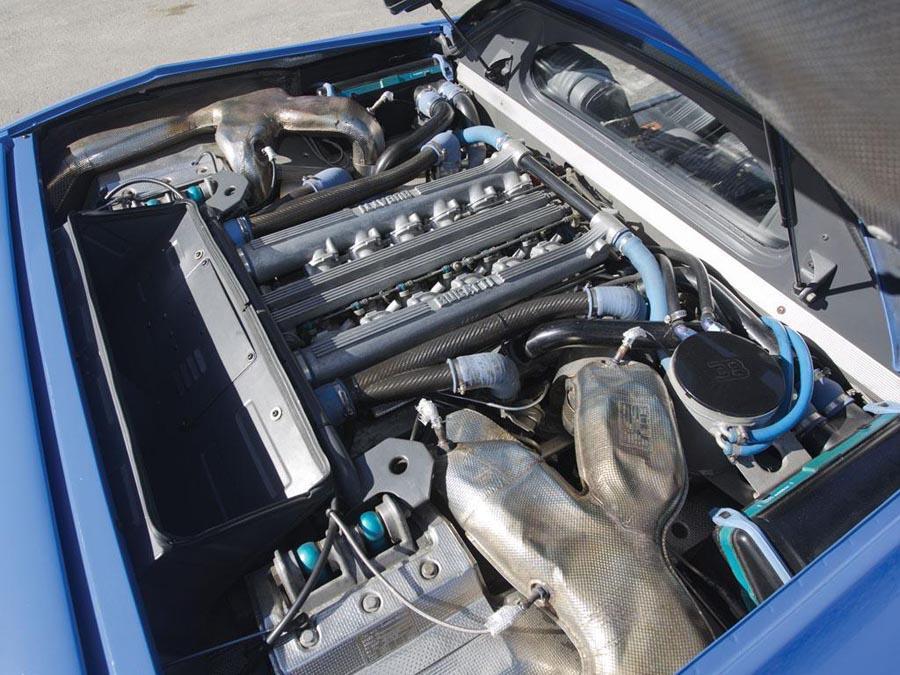 Bugatti EB110, a subasta