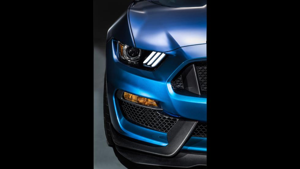 Ford Mustang Shelby GT350R 2016 - 9