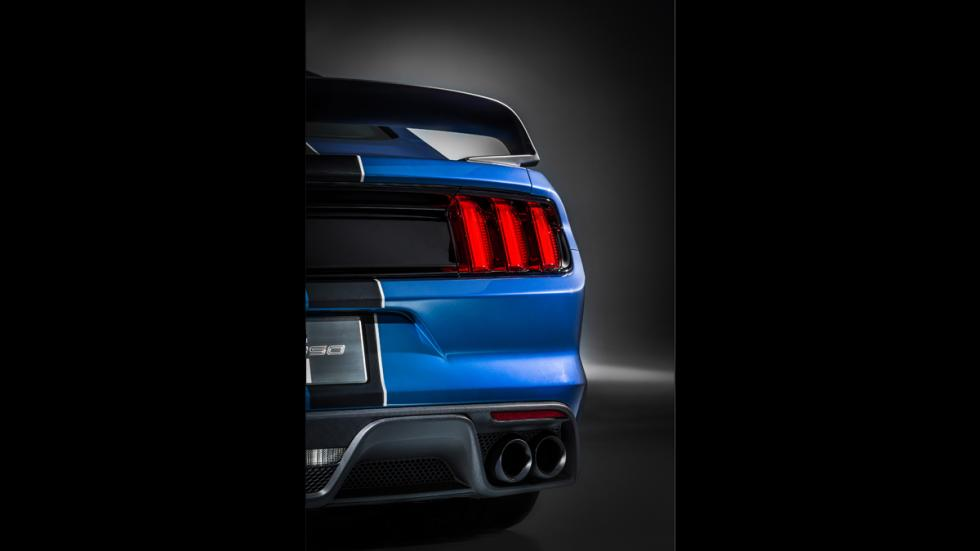 Ford Mustang Shelby GT350R 2016 - 13