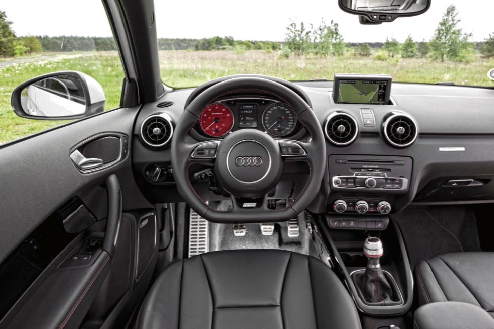Audi A1 quattro salpicadero