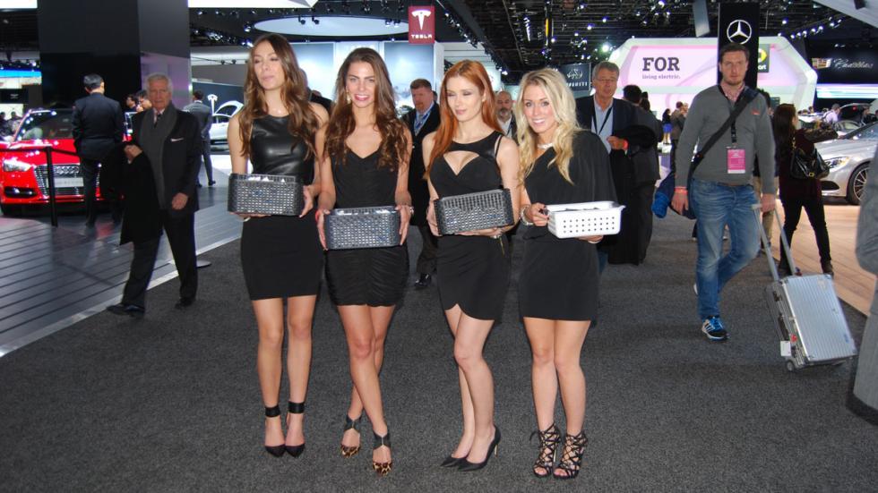 Las chicas del Salón de Detroit 2015