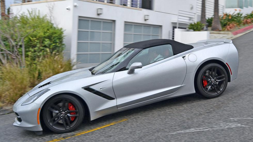 Chevrolet Corvette C7 Stingray lateral