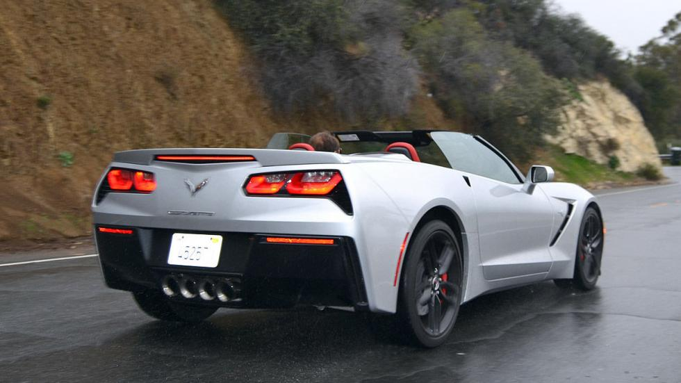 Chevrolet Corvette C7 Stingray lateral zaga