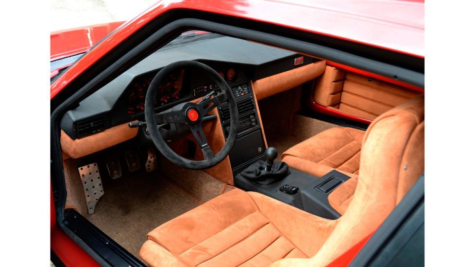 Lancia-Delta_S4-Interior