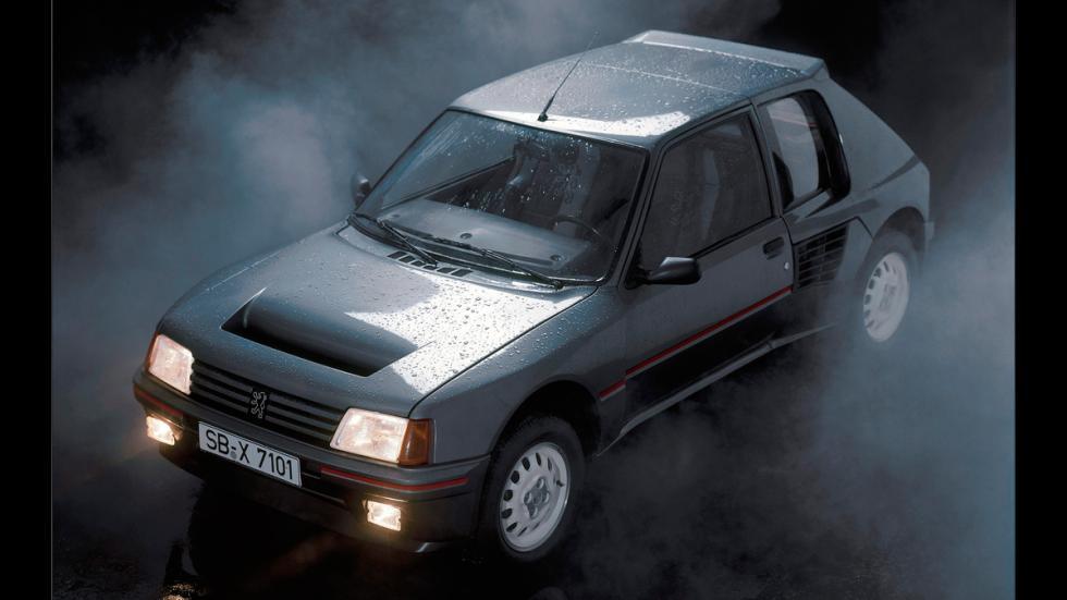 Peugeot-205-T16-Frontal