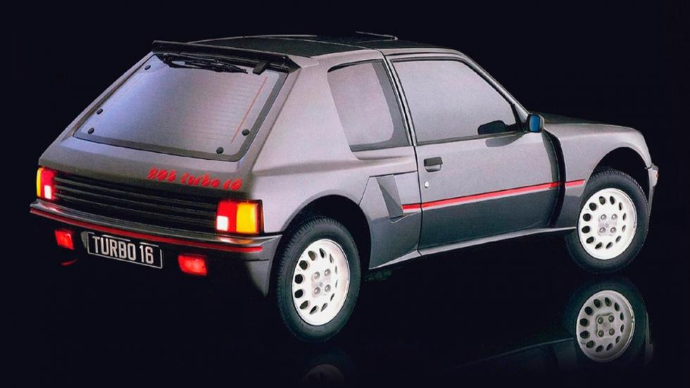 Peugeot-205-T16-Trasera