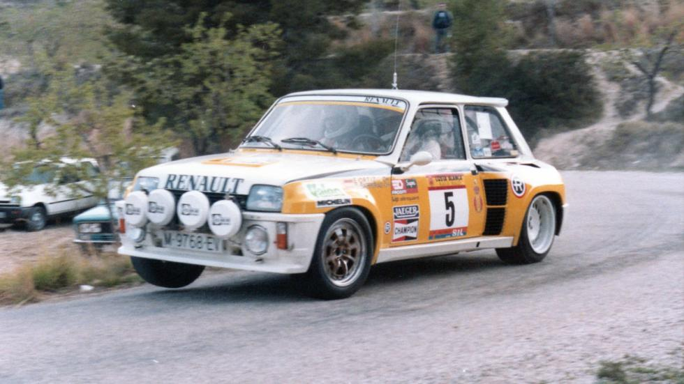 Renault 5 Maxi Turbo-Tramo de rally