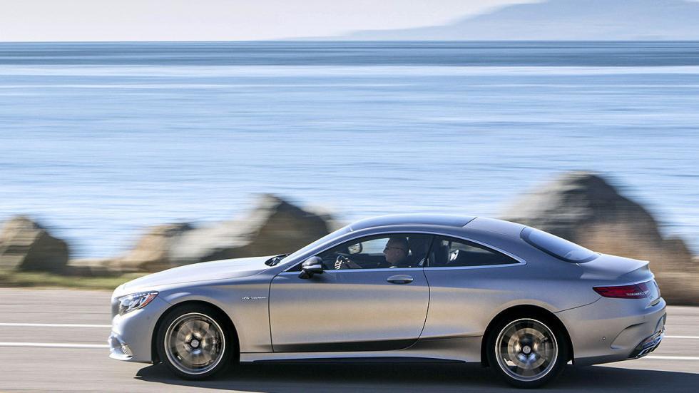 Mercedes S 65 Coupé AMG detalle dinámico